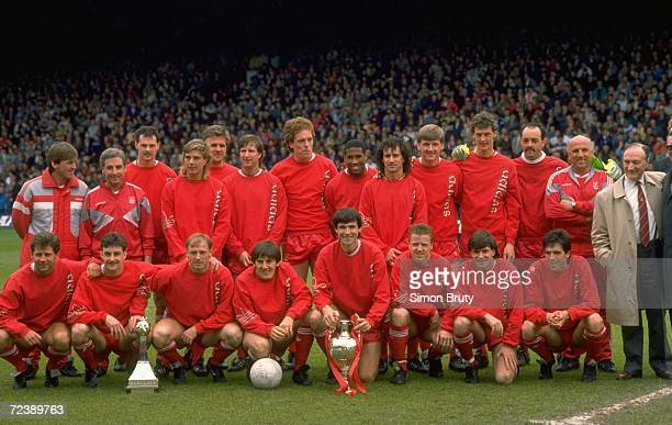 Liverpool are crowned League Champions before the Barclays League Division One match against Southampton at Anfield in Liverpool England The match...