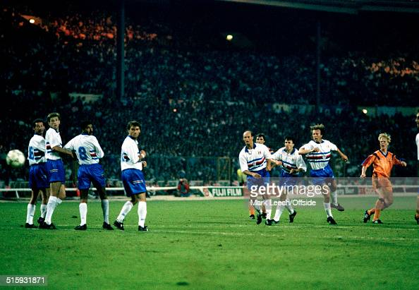 20 May 1992 Wembley European Cup Final Barcelona v Sampdoria Ronald Koeman of Barcelona scores the winning goal as the Sampdoria defensive wall fails...