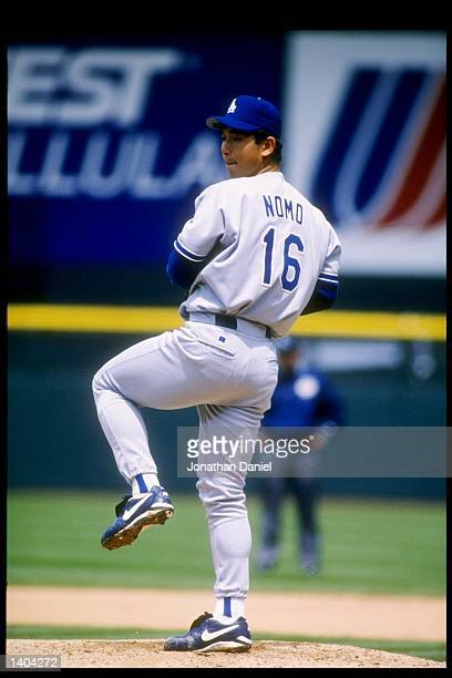 Pitcher Hideo Nomo of the Los Angeles Dodgers winds up for the pitch Mandatory Credit Jonathan Daniel /Allsport