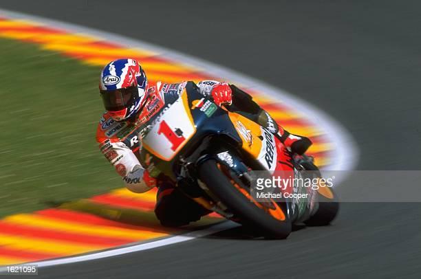 Michael Doohan of Australia cuts close to a corner on his Repsol Honda during the Italian Motorcycle Grand Prix at Mugello in Italy Mandatory Credit...