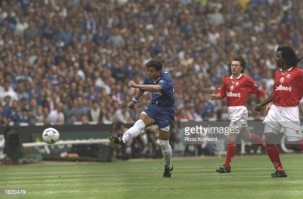 Roberto Di Matteo of Chelsea shoots and scores in the first minute of the FA Cup Final against Middlesbrough at Wembley Stadium in London England...