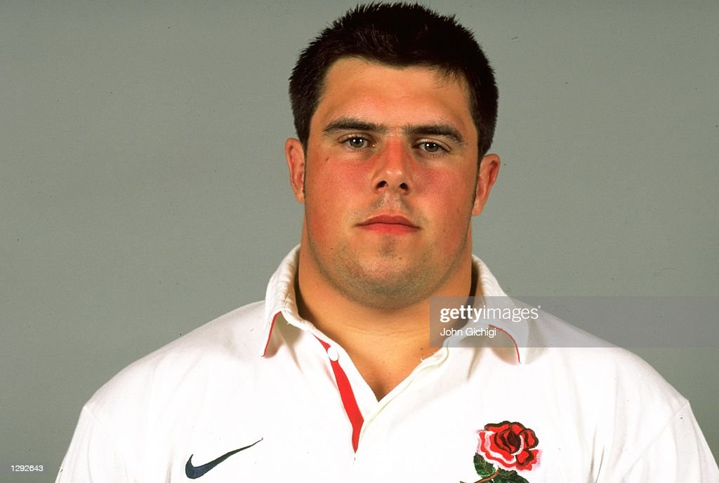 A portrait of <b>Duncan Bell</b> during the England Photocall held at Twickenham, ... - may-1998-a-portrait-of-duncan-bell-during-the-england-photocall-held-picture-id1292643