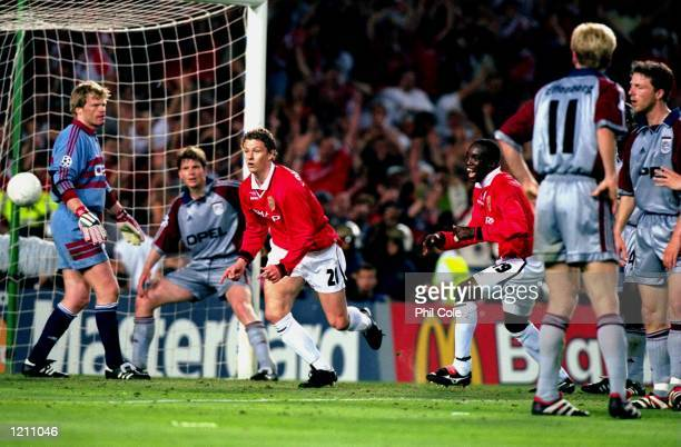 Ole Gunnar Solskjaer of Manchester United scores an injury time winner in the UEFA Champions League Final against Bayern Munich at the Nou Camp in...