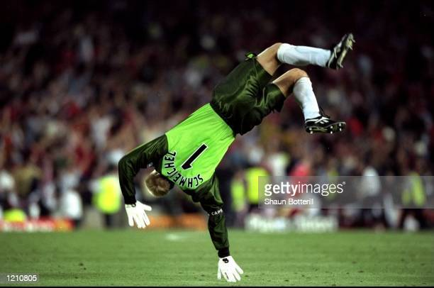 Peter Schmeichel of Manchester United celebrates Uniteds second and winning goal against Bayern Munich during the European Champions League Final in...
