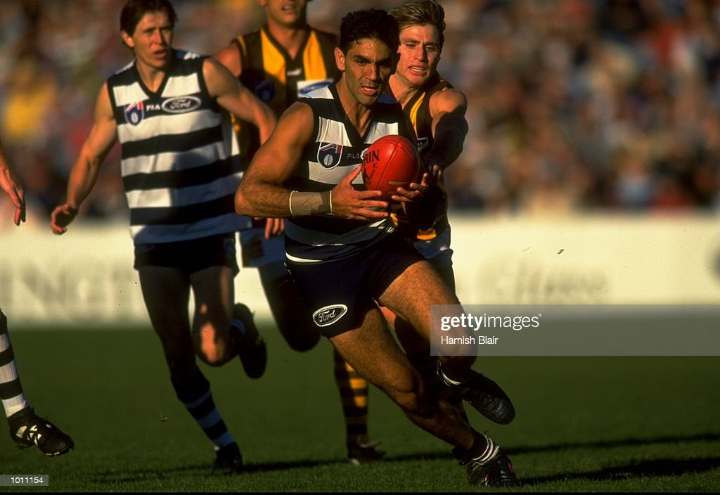 Ronnie Burns of Geelong in action during the Round 6 AFL Football match between the Hawthorn Hawks and the Geelong Cats played at Kardinia Park, Geelong, Australia. \ Mandatory Credit: Hamish Blair /Allsport
