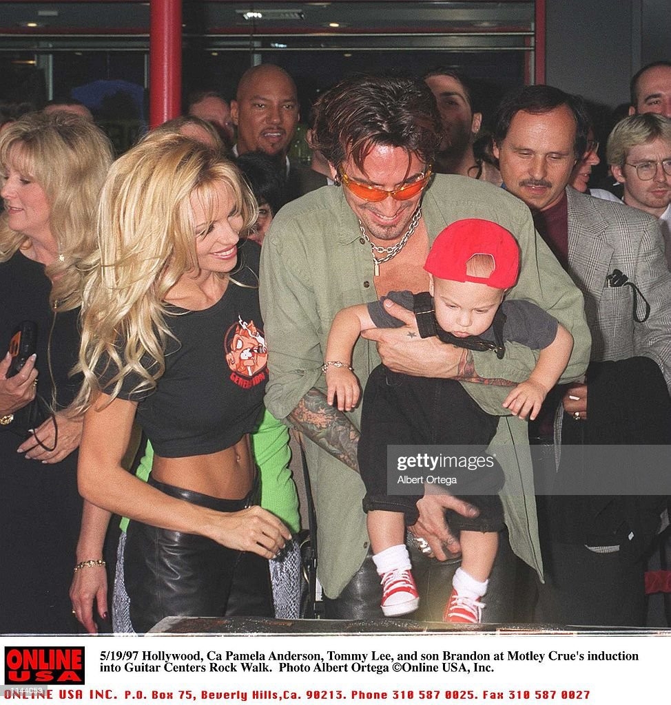 Pamela anderson tommy lee wedding bands - May 20 1997 Hollywood Pamela Anderson Lee Tommy Lee And Son Brandon At Motley Crue S Walk