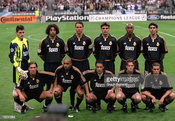 Real Madrid before the European Champions League Final 2000 against Valencia at the Stade de France SaintDenis France Real Madrid won 30 Mandatory...