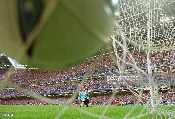 Despair for Arsenal Goalkeeper David Seaman as Michael Owen's goal virtually seals victory for Liverpool during the AXA sponsored FA Cup Final...