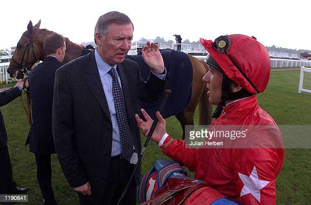 Sir Alex Ferguson talks to Frankie Dettori after his horse Candleriggs finishes 2ND in The Robert Half International Rated Stakes run at York DIGITAL...