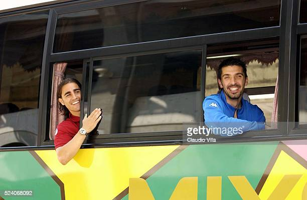 Fabio Cannavaro and Gianluigi Buffon of Italy on the bus after Italy's training session to prepare 2002 World Cup in Sendai Japan Digital Camera