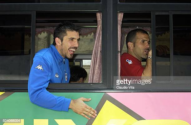 Luigi Di Biagio and Gianluigi Buffon of Italy on the bus after Italy's training session to prepare 2002 World Cup in Sendai Japan