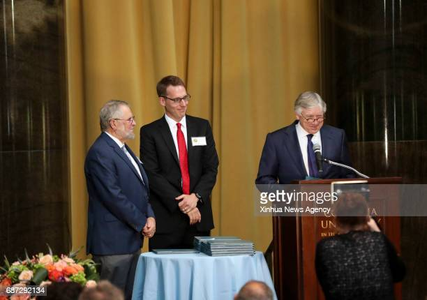 NEW YORK May 22 2017 David A Fahrenthold of the Washington Post who won Pulitzer' top prize for national reporting and Lee C Bollinger president of...