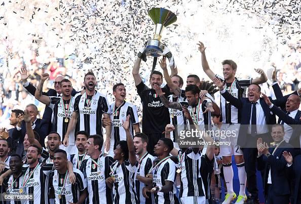 (SP)ITALY-TURIN-SERIE A-JUVENTUS VS CROTONE : News Photo