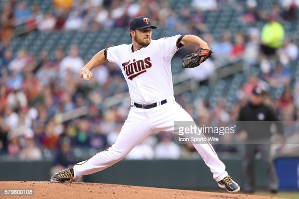 May 4 2015 Minnesota Twins pitcher Phil Hughes pitching during the first inning at the Minnesota Twins vs Oakland Athletics at Target Field