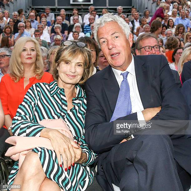 Maya von SchoenburgGlauchau and her partner Henry Wyndham attend the Joan Baez Concert during the Thurn Taxis Castle Festival 2016 on July 22 2016 in...
