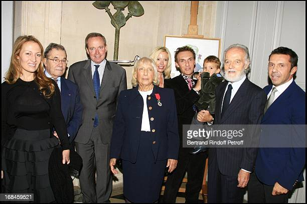 Maya with her husband Pierre Widmaier children Diana Richard wife Ulli and their son Edouard and Olivier Pierre Daix and Renaud Donnedieu De Vabres...