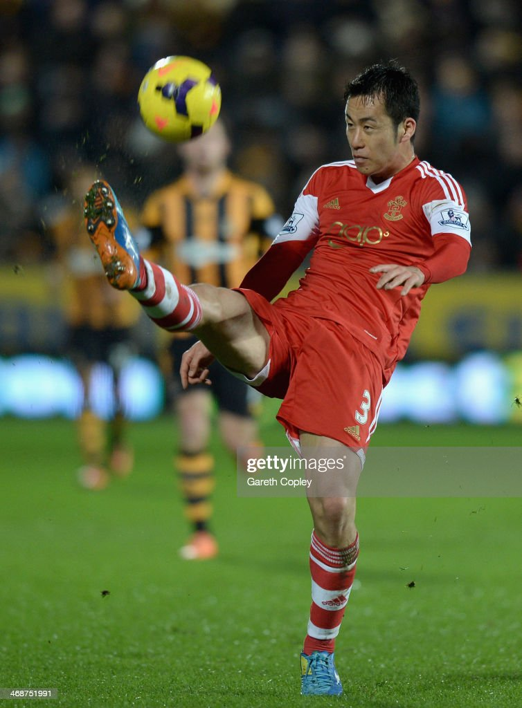 <a gi-track='captionPersonalityLinkClicked' href=/galleries/search?phrase=Maya+Yoshida&family=editorial&specificpeople=5398323 ng-click='$event.stopPropagation()'>Maya Yoshida</a> of Southampton in action during the Premier League between Hull City and Southampton at KC Stadium on February 11, 2014 in Hull, England.