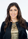 Mayim Bialik is photographed for Los Angeles Times on August 25 2014 in Los Angeles California PUBLISHED IMAGE CREDIT MUST BE Kirk McKoy/Los Angeles...