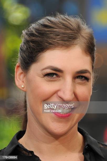 Mayim Bialik visits 'Extra' at The Grove on August 12 2013 in Los Angeles California