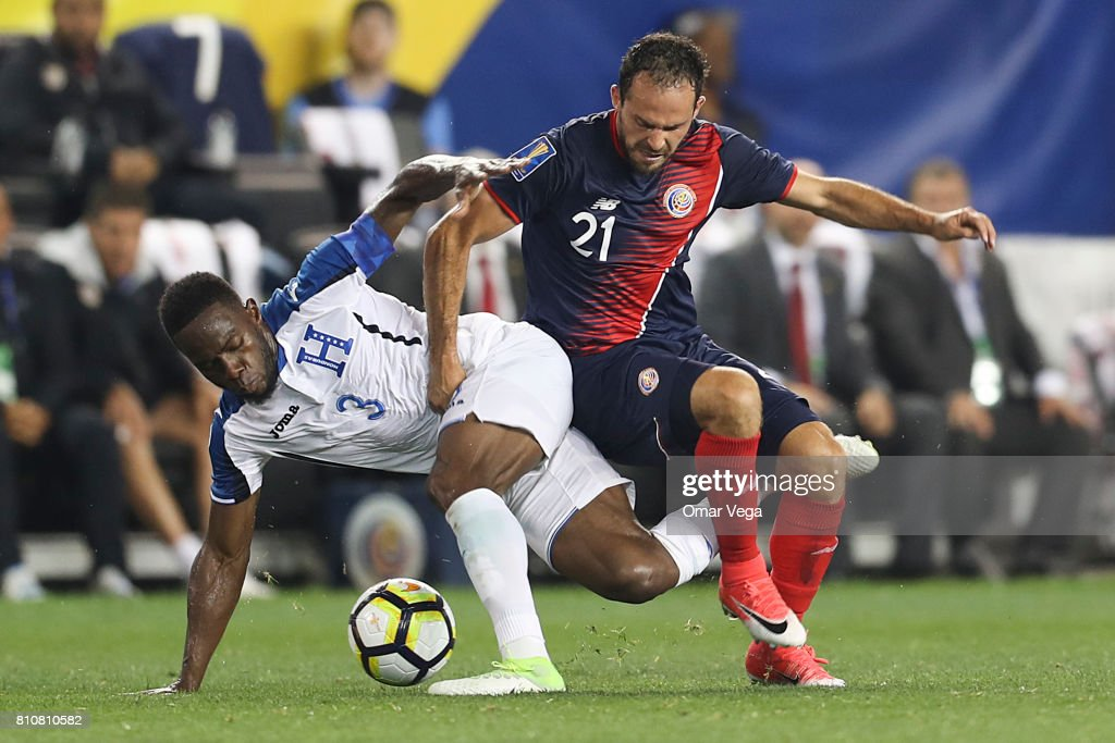 Maynor Figueroa of Honduras fights for the ball with Marco Urena of Costa Rica (R) during the Group A match between Honduras and Costa Rica as part of the Gold Cup 2017 at Red Bull Arena on July 07, 2017 in Harrison, New Jersey.
