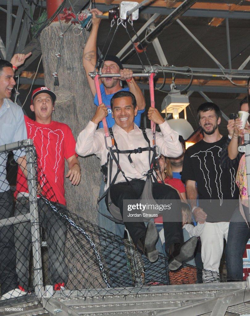 Mayor Antonio Villaraigosa attends Rob Dyrdek Foundation SK8 4 Life Benefit Presented by Panasonic & Carl's Jr at Fantasy Factory on May 22, 2010 in Los Angeles, California.