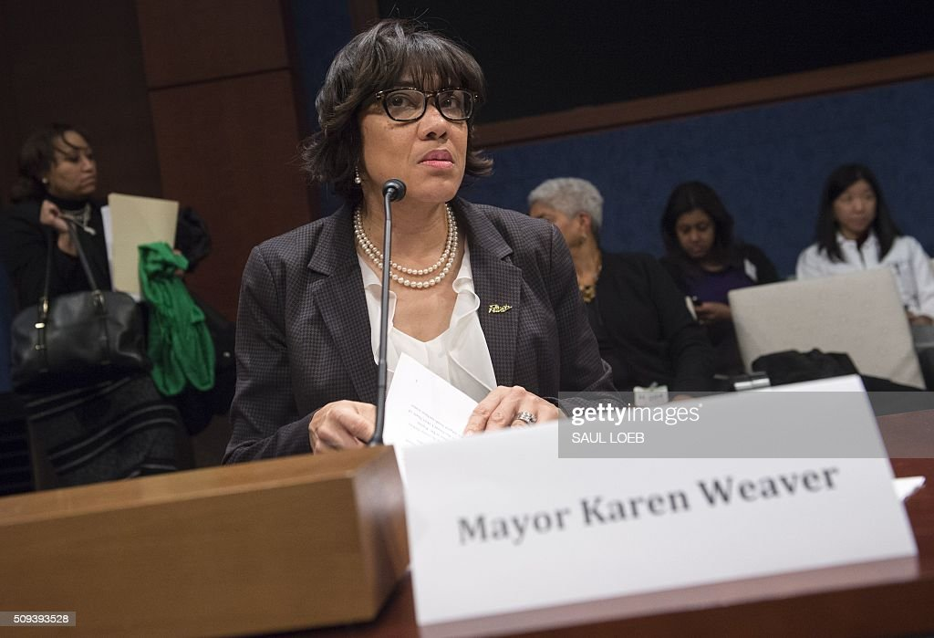 Mayor Karen Weaver of Flint, Michigan, arrives to testify about the lead levels found in Flint's water supply during a House Democratic Steering and Policy Committee hearing on Capitol Hill in Washington, DC, February 10, 2016. / AFP / SAUL LOEB