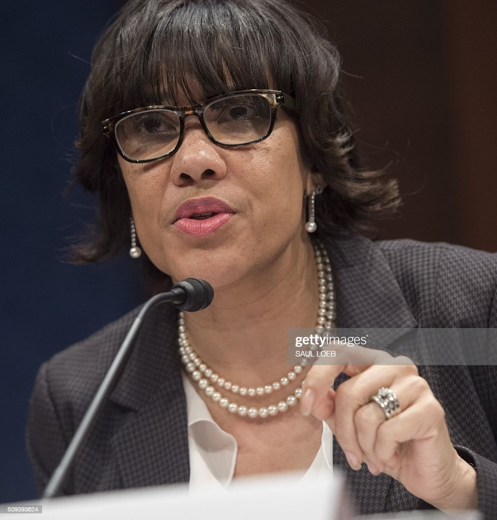 Mayor Karen Weaver of Flint, Michigan, testifies about the lead levels found in Flint's water supply during a House Democratic Steering and Policy Committee hearing on Capitol Hill in Washington, DC, February 10, 2016. / AFP / SAUL LOEB