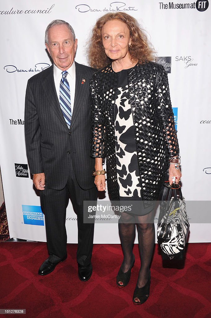 Mayor <a gi-track='captionPersonalityLinkClicked' href=/galleries/search?phrase=Michael+Bloomberg&family=editorial&specificpeople=171685 ng-click='$event.stopPropagation()'>Michael Bloomberg</a> and Designer Diane Von Furstenberg attend the 2012 Couture Council for the Museum at FIT Award for Artistry of Fashion to Oscar de la Renta at the David H. Koch Theater at Lincoln Center on September 5, 2012 in New York City.