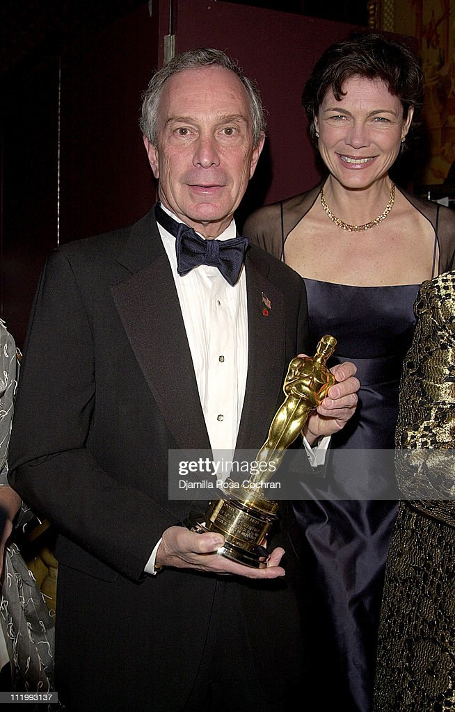 Mayor <a gi-track='captionPersonalityLinkClicked' href=/galleries/search?phrase=Michael+Bloomberg&family=editorial&specificpeople=171685 ng-click='$event.stopPropagation()'>Michael Bloomberg</a> and Diana Taylor during New York Oscar Night Party at Le Cirque 2000 in New York City, New York, United States.