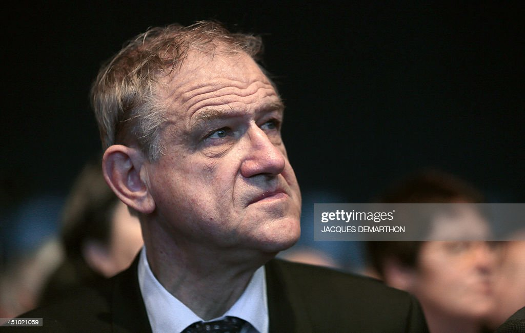 Mayor of Belfort, Territoire de Belfort, Etienne Butzbach takes part in a debate during the 96th Mayors of France congress on November 21, 2013 in Paris. AFP PHOTO / JACQUES DEMARTHON