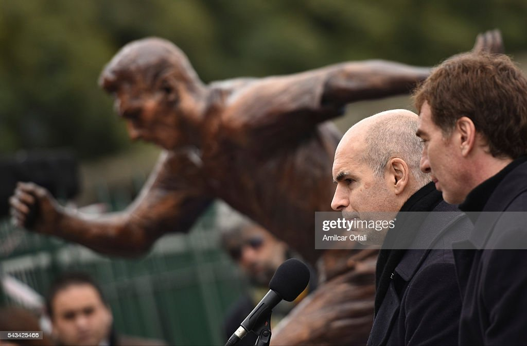 Mayor of Buenos Aires Horacio Rodriguez Larreta and Vice Mayor Diego Santilli unveil a statue of Lionel Messi at Paseo de la Gloria on June 28, 2016 in Buenos Aires, Argentina. Lionel Messi has announced his retirement from international football following a loss in Copa America final match against Chile.