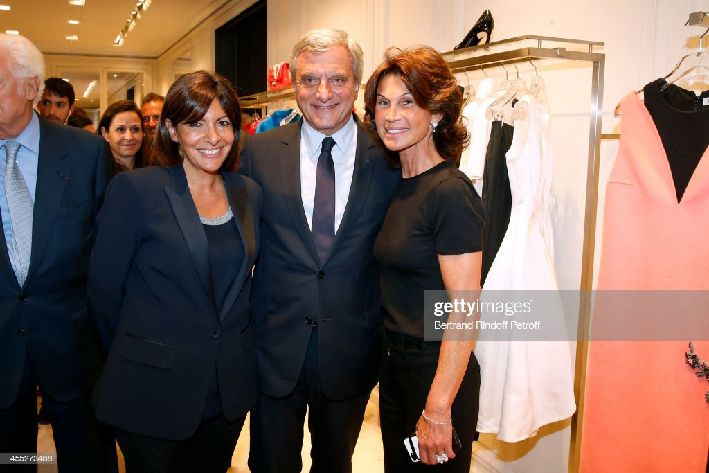 Mayor of Paris <a gi-track='captionPersonalityLinkClicked' href=/galleries/search?phrase=Anne+Hidalgo&family=editorial&specificpeople=590989 ng-click='$event.stopPropagation()'>Anne Hidalgo</a>, CEO Dior <a gi-track='captionPersonalityLinkClicked' href=/galleries/search?phrase=Sidney+Toledano&family=editorial&specificpeople=758670 ng-click='$event.stopPropagation()'>Sidney Toledano</a> and Director of Dior Avenue Montaigne's boutique Sylvie Rousseau attend the 'Promenade pour un objet d'exception'. Held at Boutique Dior Montaigne on September 11, 2014 in Paris, France.