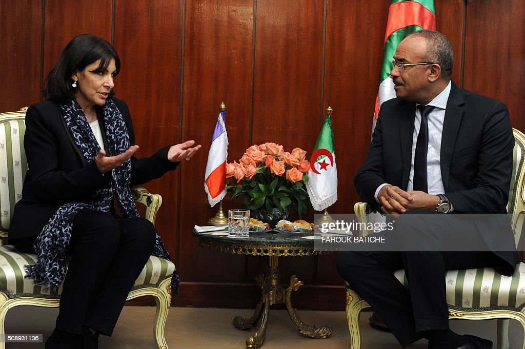 Mayor of Paris Anne Hidalgo (L) meets with Algerian Interior and Territorial Collectivities Minister Noureddine Bedoui during a two-day work visit on February 7, 2016 in the capital Algiers as she started . / AFP / Farouk Batiche