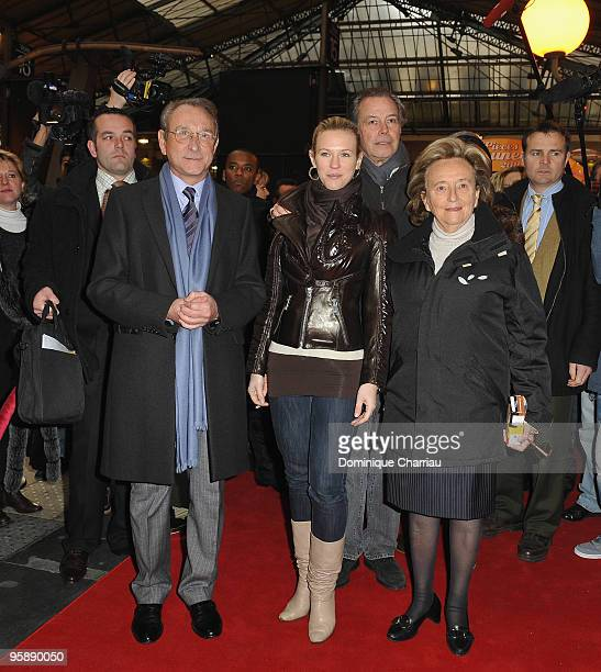 Mayor of Paris bertrand Delanoe Singer Lorie Actor Michel Leeb and Bernadette Chirac attend The 'Pieces Jaunes' train Exibition Launch at Gare du...