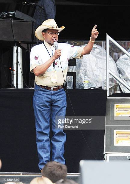 Mayor/President of Baton Rouge Melvin 'KIP' Holden thanks the audience at Bayou Country Superfest 2010 at LSU Tiger Stadium on May 30 2010 in Baton...