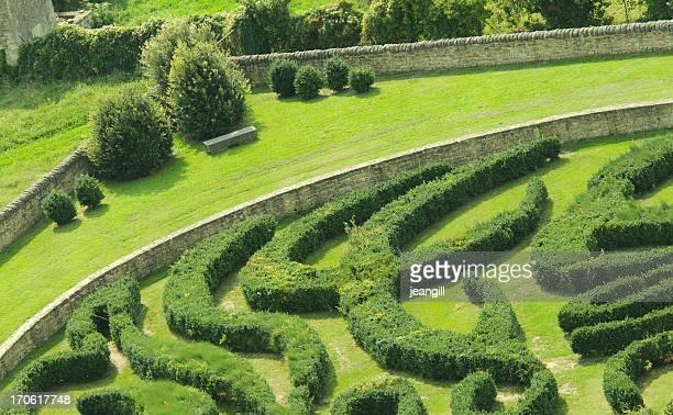 Labyrinthe de jardin classique