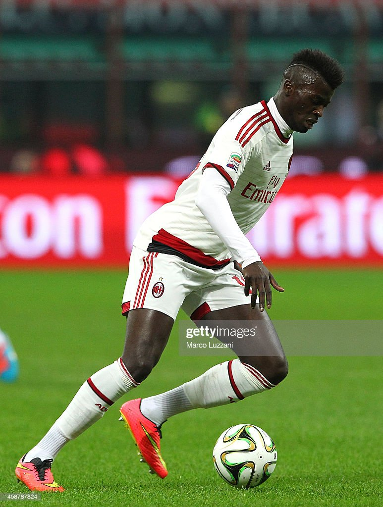 Mbaye Niang of AC Milan in action during Luigi Berlusconi Trophy at Stadio Giuseppe Meazza on November 5, 2014 in Milan, Italy.