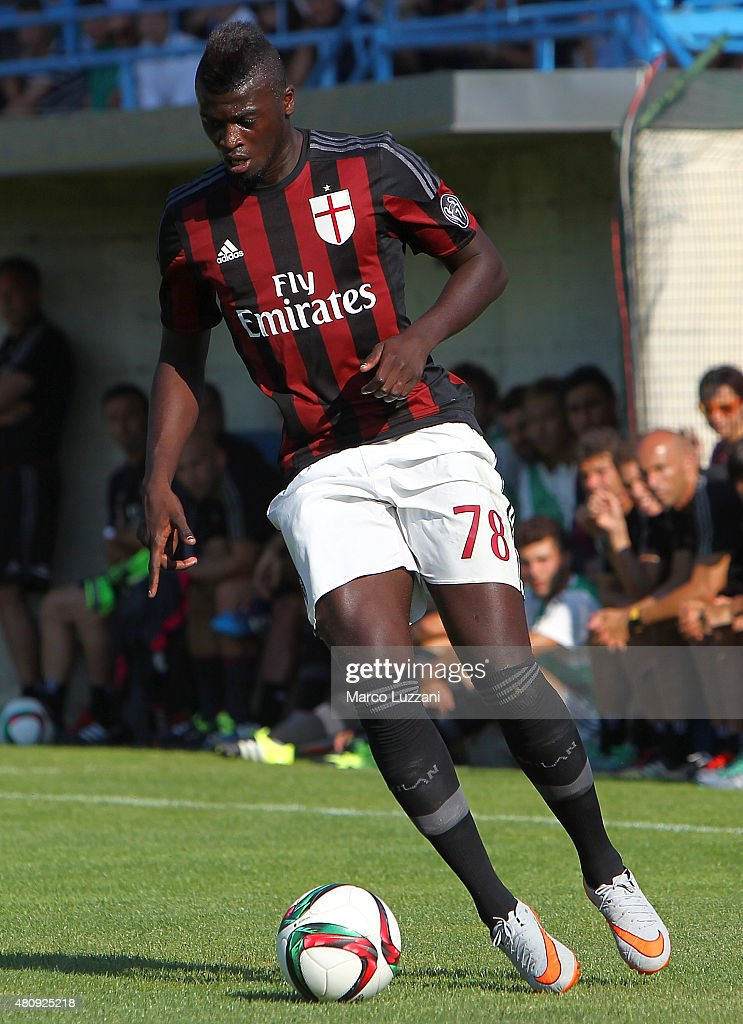 Mbaye Niang of AC Milan in action during the preseason friendly match between AC Milan and Legnano on July 14, 2015 in Solbiate Arno, Italy.