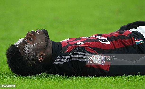 Mbaye Niang of AC Milan reacts to a missed chance during the TIM Cup match between AC Milan and FC Crotone at Stadio Giuseppe Meazza on December 1...