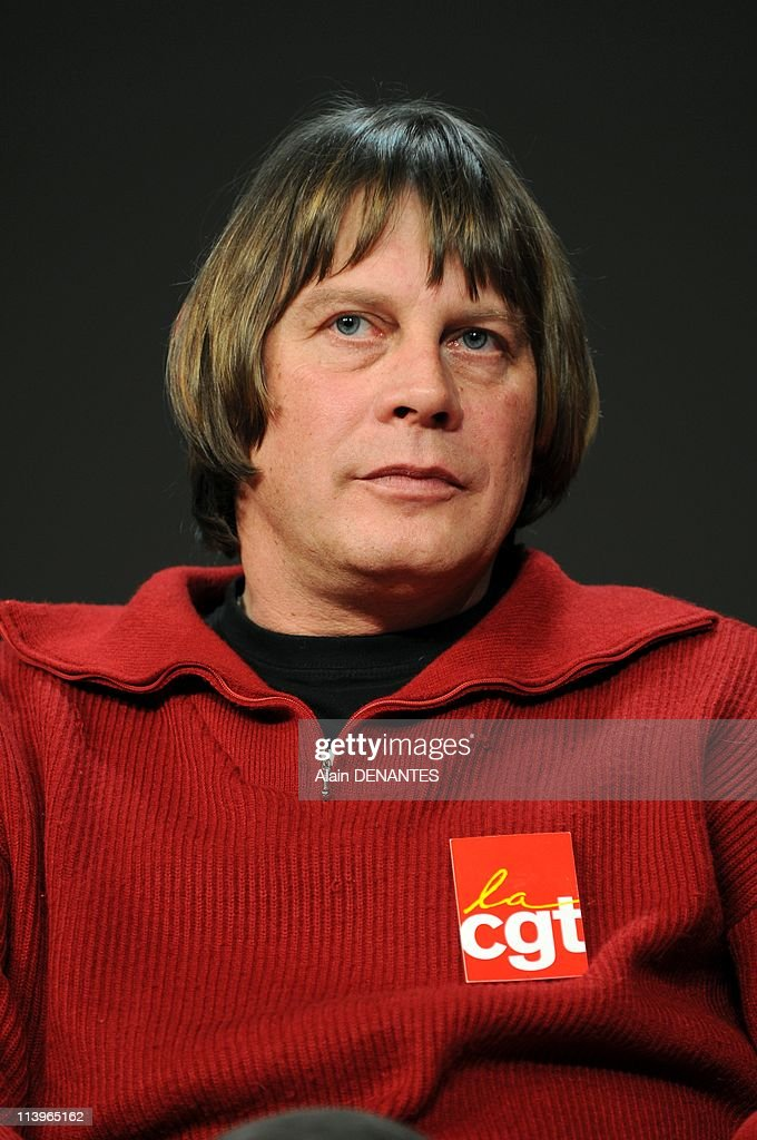 Bernard Thibault General Secretary of the CGT campaigning for the industrial tribunal elections In Nantes France On November 26 2008Portrait of...
