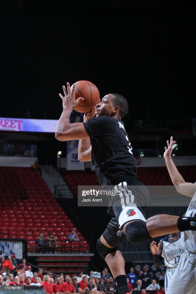 CJ McCollum #3 of the Portland Trail Blazers goes to the basket during the NBA Summer League game between the Atlanta Hawks and the Portland Trail Blazers on July 17, 2013 at the Thomas & Mack Center in Las Vegas, Nevada.
