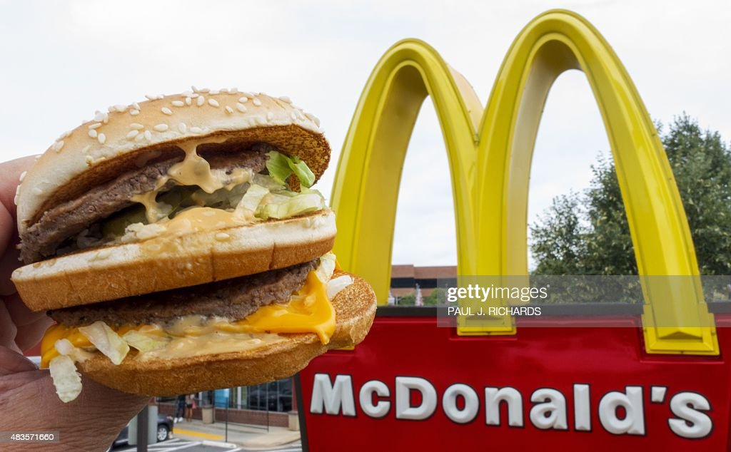2,530 - Total number of calories in a McDonald's order requested by Donald Trump. The order was for '2 Big Macs, 2 Fillet-O-Fish sandwiches, and a chocolate malted' as noted in former Trump campaign manager Corey Lewandowski's new book.