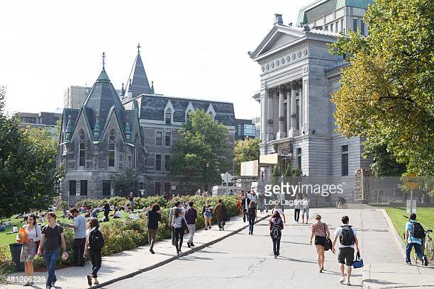 McGill entrance gate with students getting in