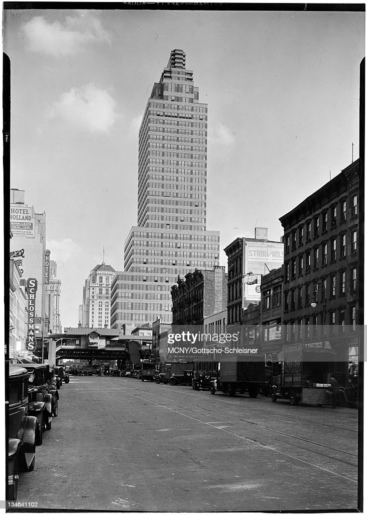 Wonderful McGrawHill Building Located At 330 West 42nd Street NYC Showing Street  Scene McGrawHill Building Photo Gallery