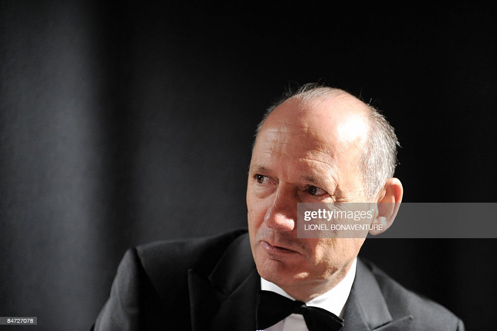 McLaren's head Ron Dennis poses in Paris on February 10 2009 during the 24th Concept cars design and new energies exhibition Ron Dennis will step...