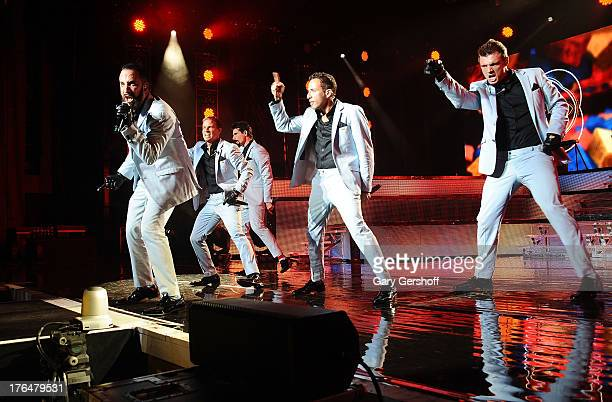 AJ McLean Brian Littrell Kevin Richardson Howie Dorough and Nick Carter of the Backsteet Boys perform at Nikon at Jones Beach Theater on August 13...