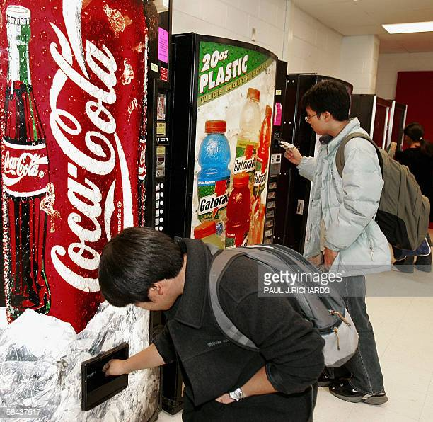 LAWYERS FATTEN UP OBESITY SUIT AGAINST 'BIG SODA' Students at McLean High School in McLean Virginia purchase soft drinks from vending machines on...