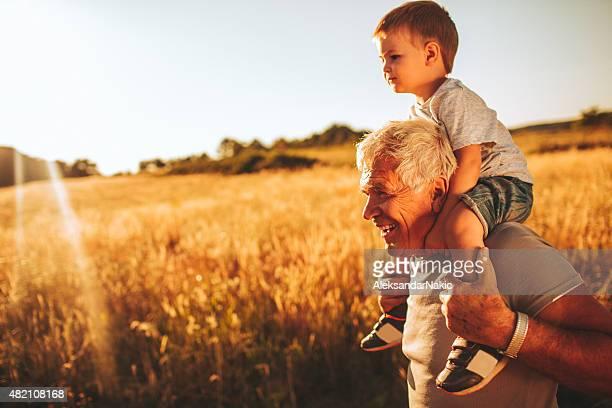 Me, grandpa y naturaleza