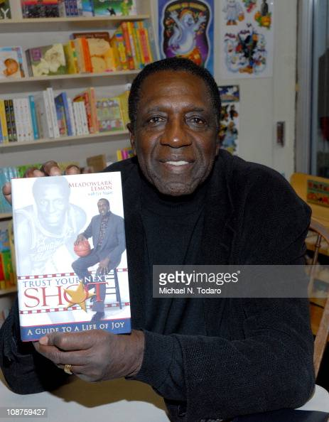 Meadowlark Lemon promotes his book 'Zero Regrets' at Bookends Bookstore on October 28 2010 in Ridgewood City