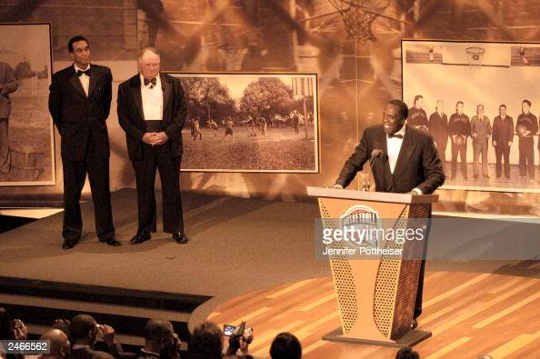 Meadowlark Lemon speaks after he is inducted into the Basketball Hall of Fame as Mannie Jackson CEO of the Harlem Globetrotters and David Gavitt...